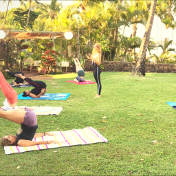 Pilates Retreat Maui - Lesley Logan & Arlene Salomon 2018 - Day 5 Mat Class 1 - PilatesRetreatMaui.com filtered